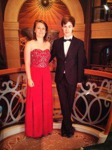Cunard dress code formal night - Women ball gown - Men bow tie
