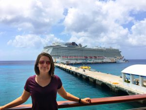 girl in front of norwegian getaway NCL mexico