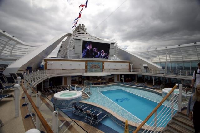 Caribbean Princess  Swimming Pool sun beds tv screen