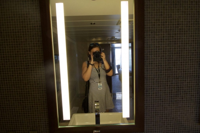 Celebrity Eclipse - Penthouse suite, me! girl selfie mirror photo canon 600D blogger