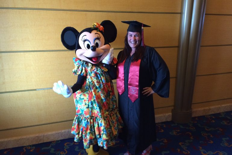 disney cruise line minnie mouse