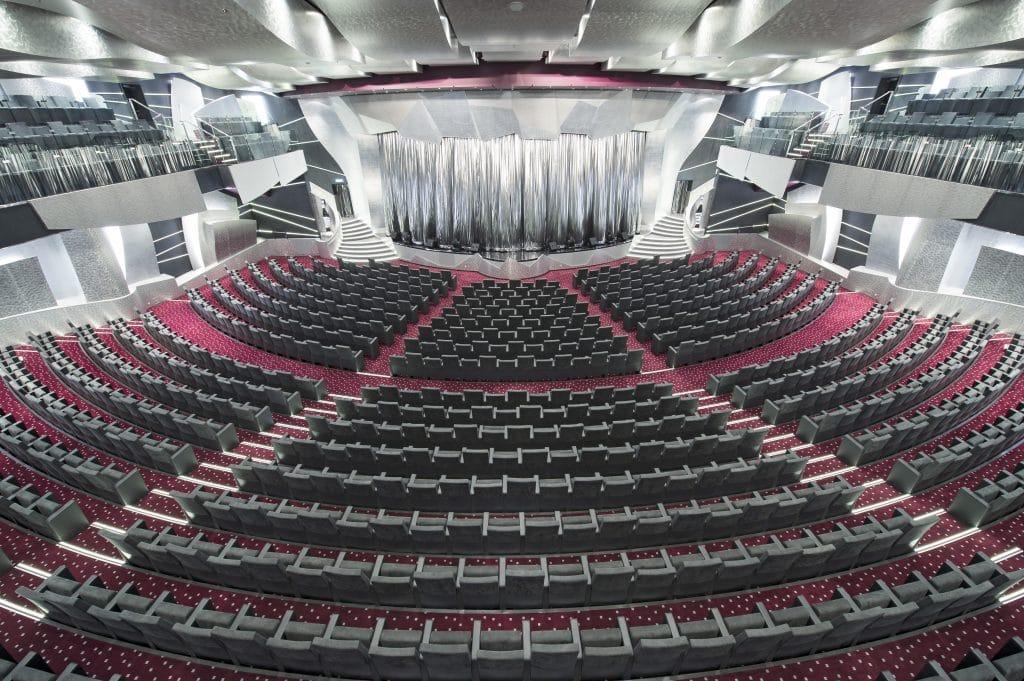 msc preziosa theatre entertainment