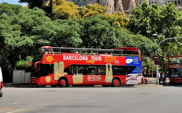 barcelona cruise hop on hop off bus what to do cruise port spain