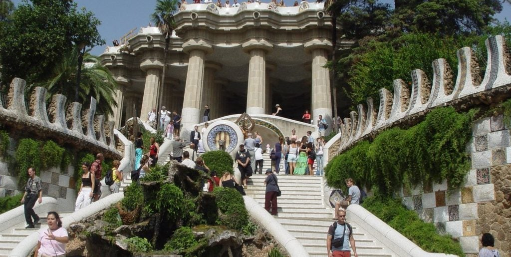 gaudi barcelona park guell what to do cruise spain