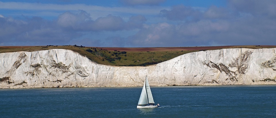 white cliffs of dover connect france mobile phone network french