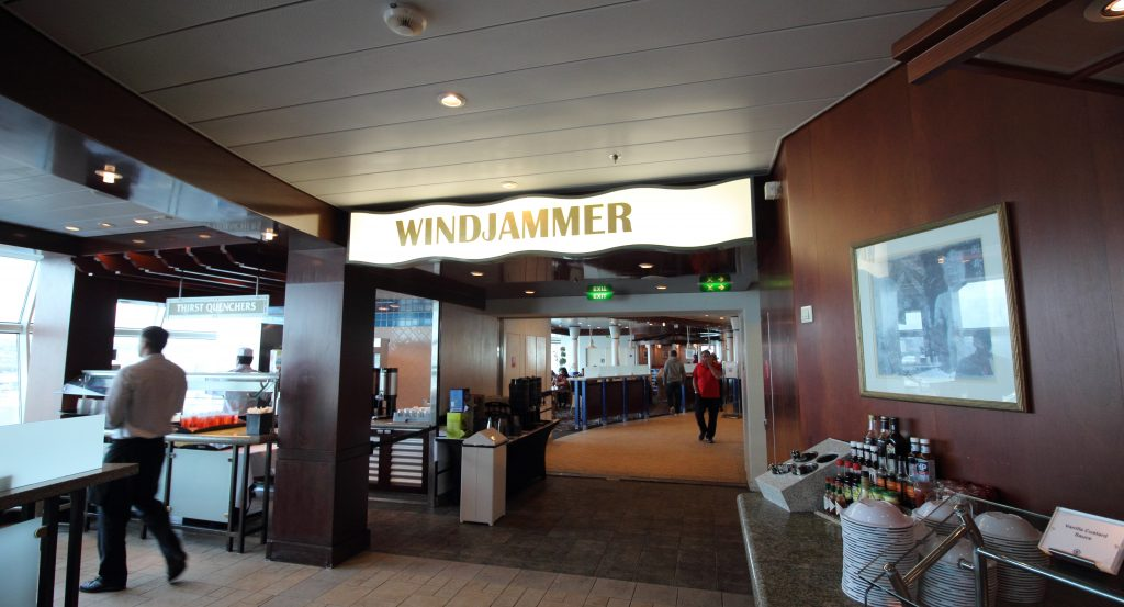 royal caribbean windjammer independence of the seas buffet