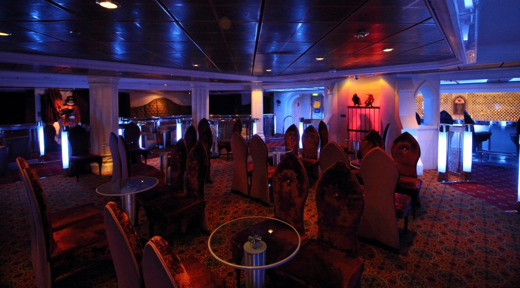 independence of the seas labyrinth royal caribbean night club cruise ship town of london theme velvet crows