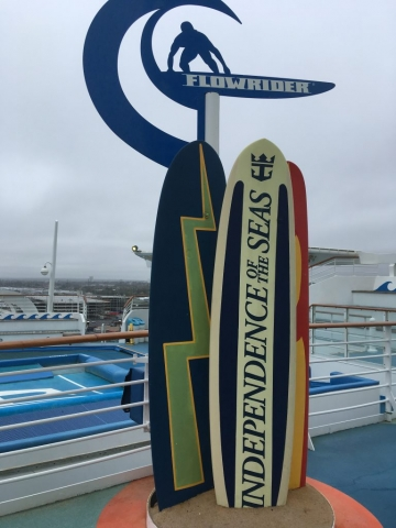 Flowrider sign independence of the seas