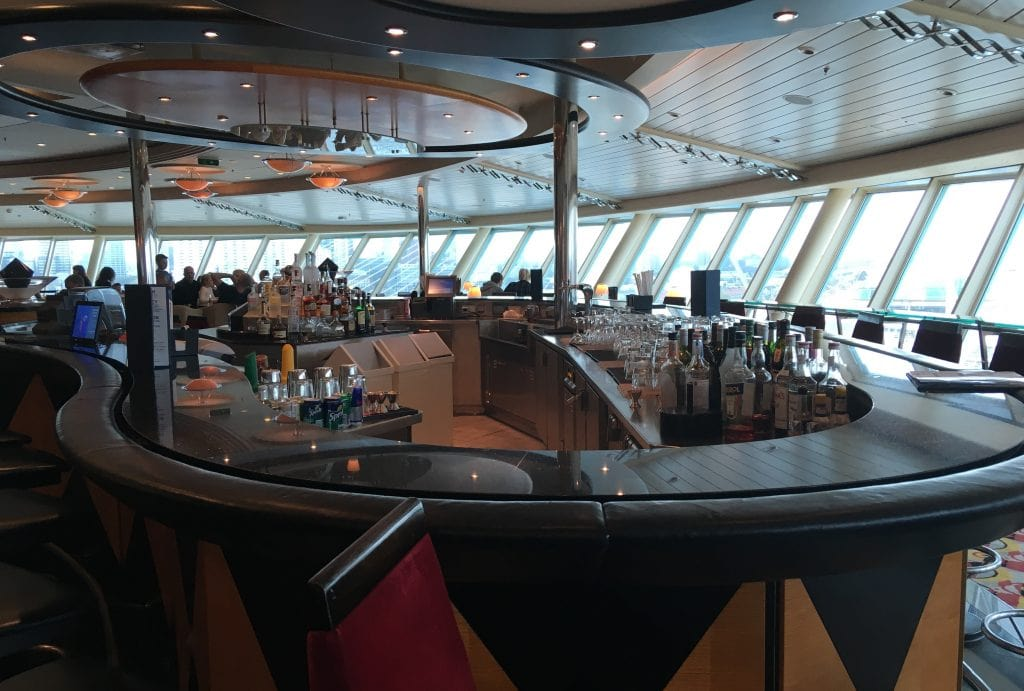 royal caribbean independence of the seas olive and twist