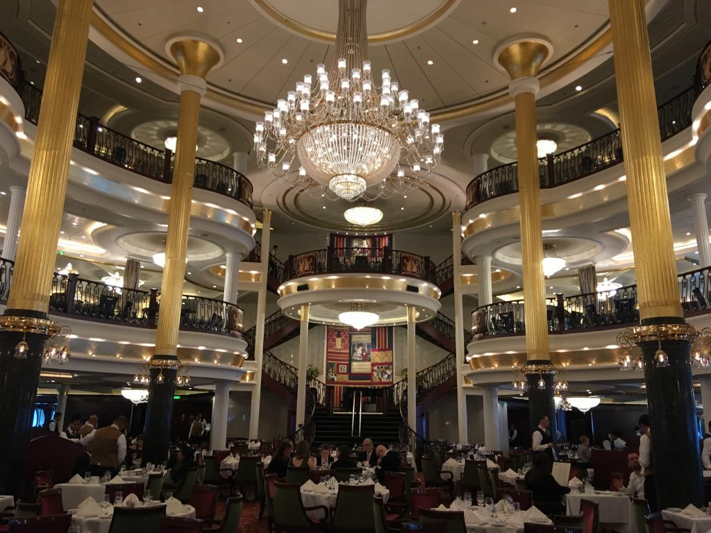 royal caribbean independence of the seas main dining room romeo and juliett macbeth