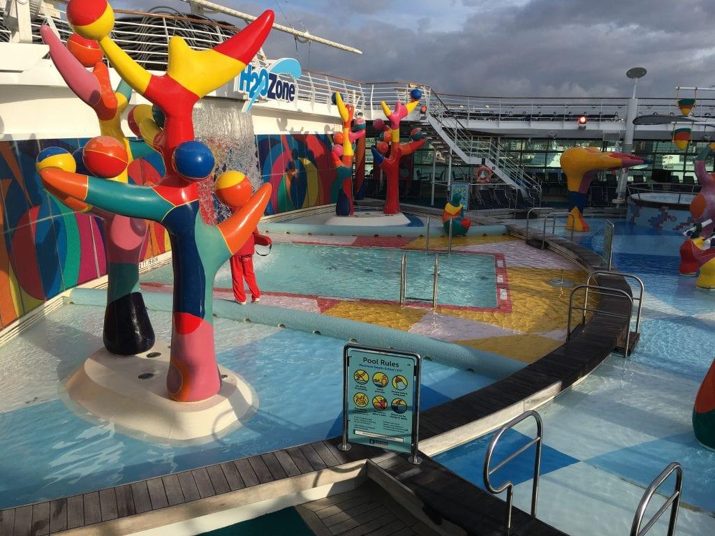 independence of the seas top deck splash zone kids children waterpark