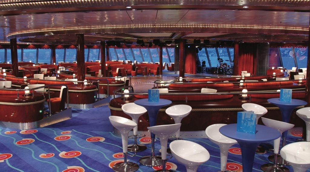 spinnaker lounge ncl norwegian jewel