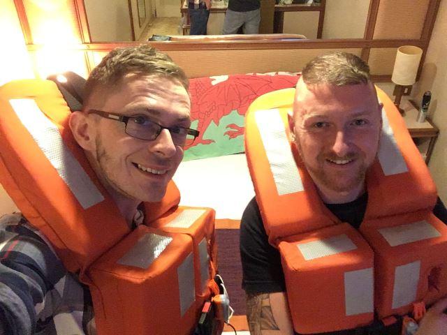 gav and luke holidays at sea