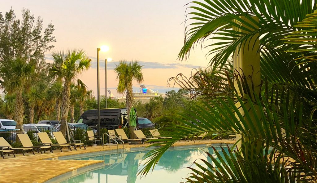 oasis of the seas hotel port canaveral royal caribbean pool shuttle