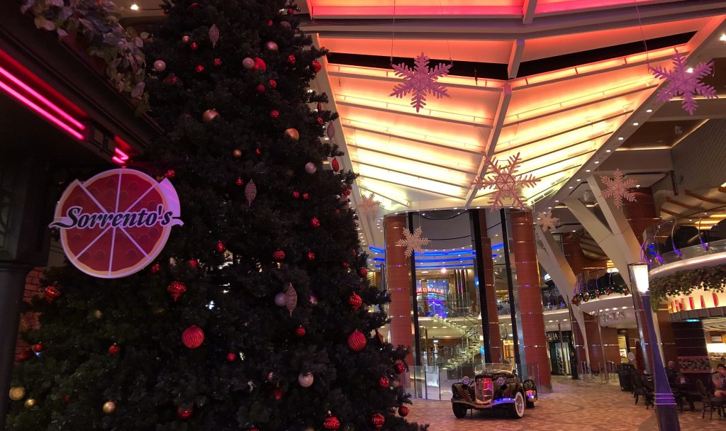 oasis of the seas sorrentos christmas tree promenade pizza
