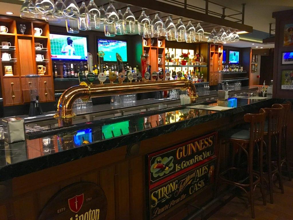 msc meraviglia pub british bar drinks alcohol