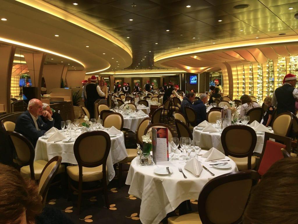 msc meraviglia christmas cruise main dining room