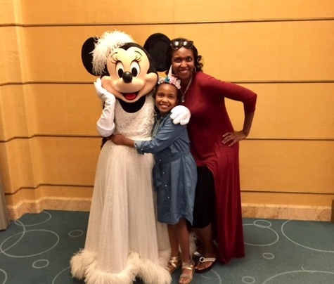 disney cruise line photo characters minnie mouse