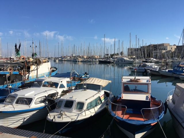 palermo harbour boats