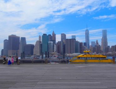 new york city sky line brooklyn bridge water taxi