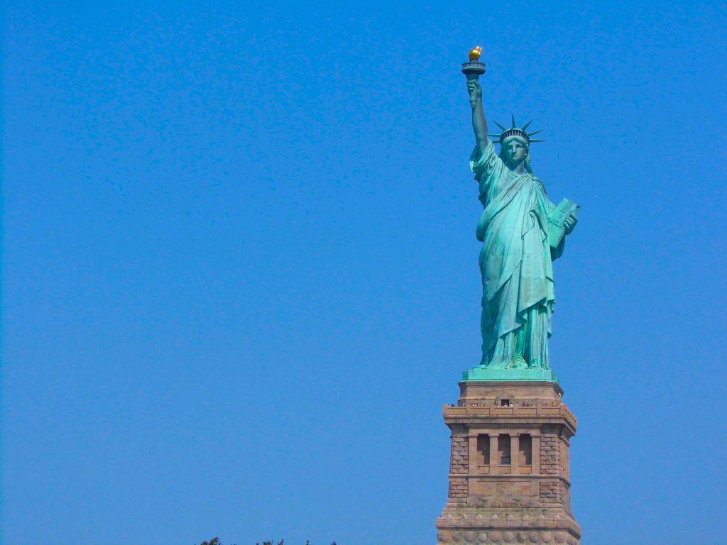 statue of liberty new york cruise