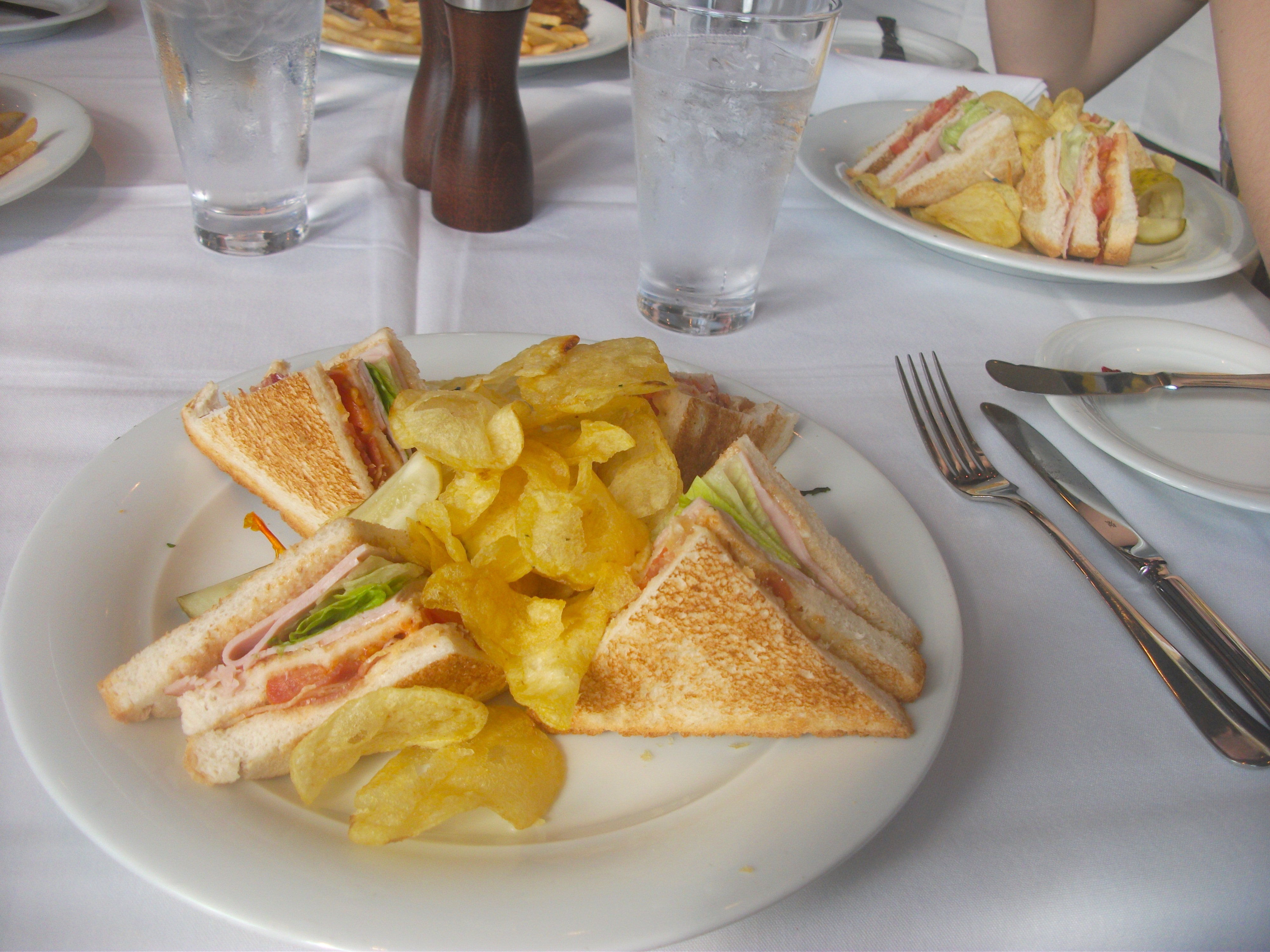 ncl club sandwich