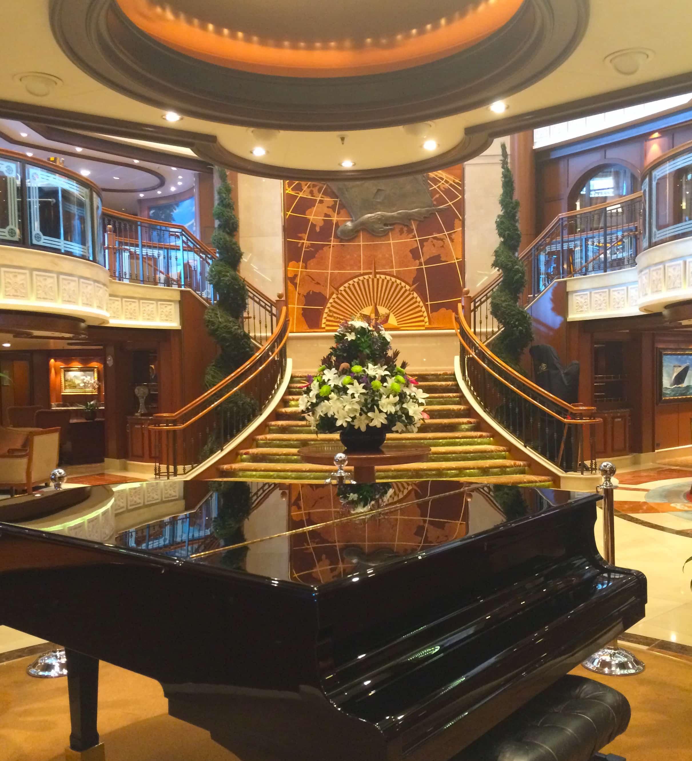 cunard queen victoria piano atrium