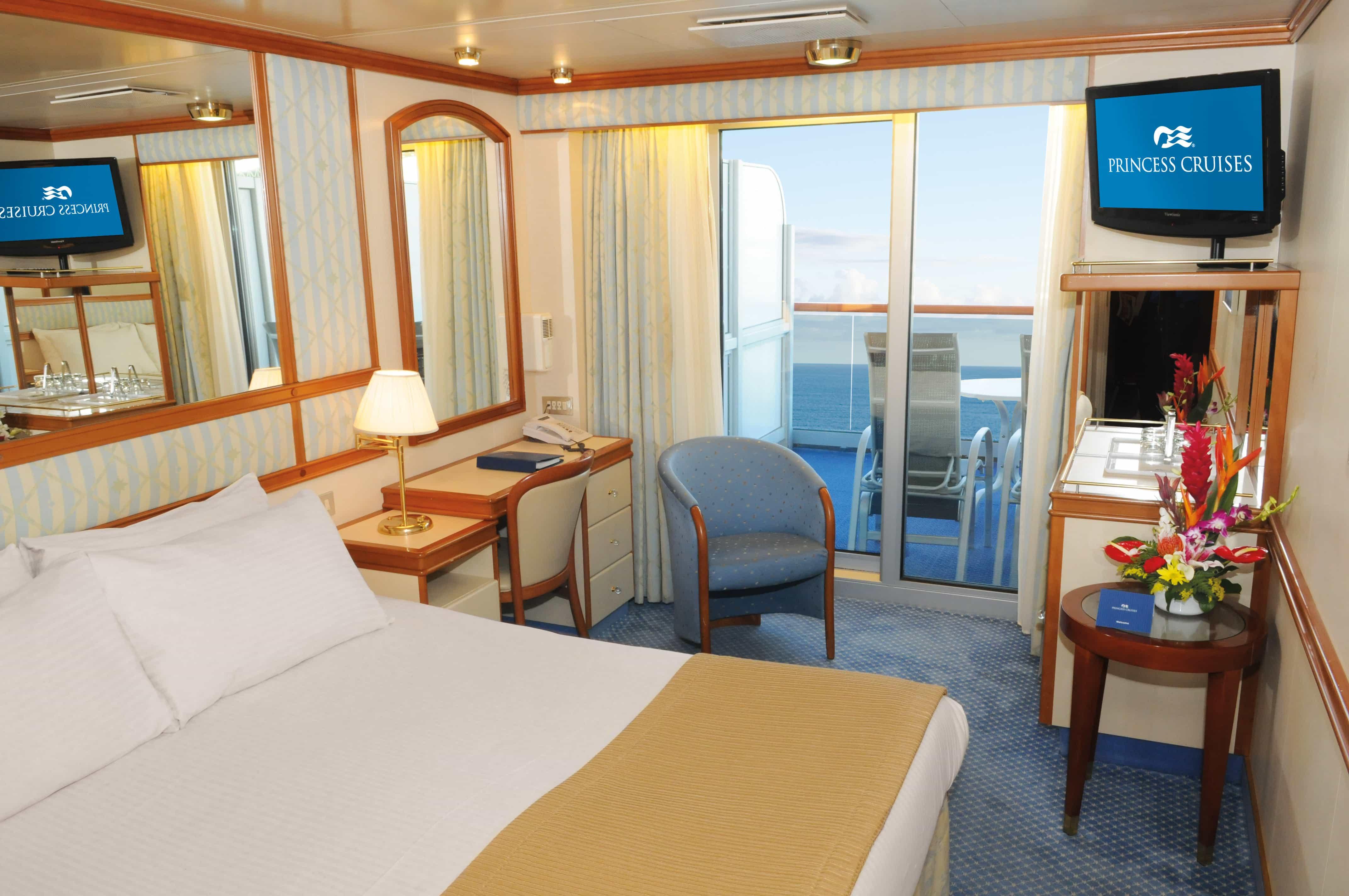 Golden Princess Balcony Cabin Cruise Ship Cruising Isnt