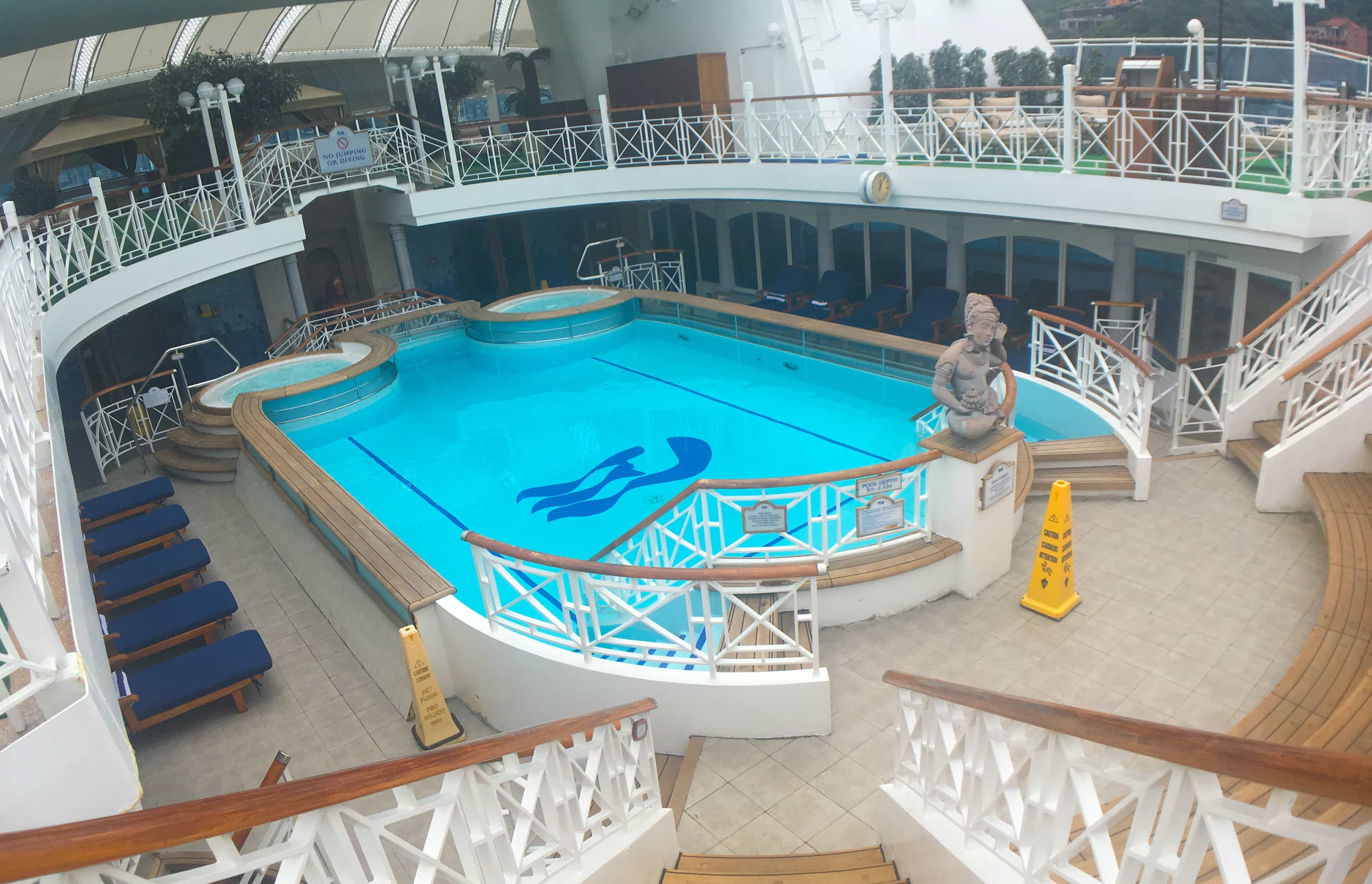 Golden Princess Cruise Ship Swimming Pool Middle