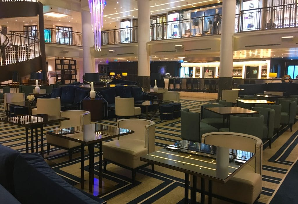 p&o britannia atrium seating