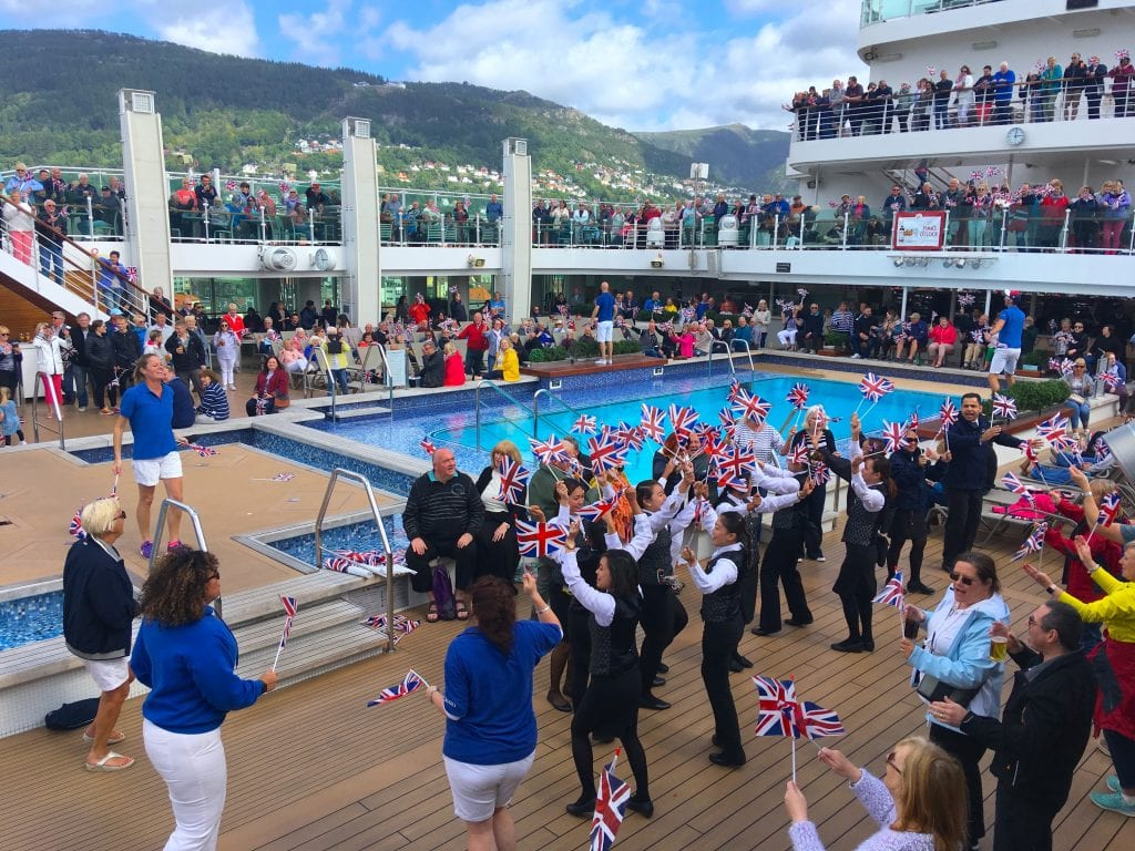 p&o britannia sail away union jack flags party