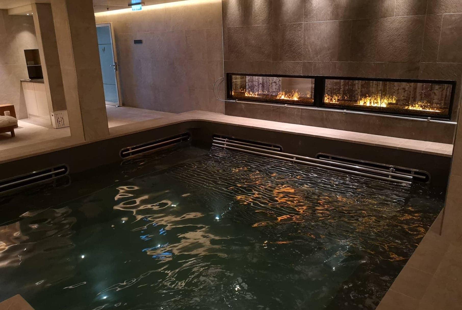 viking sea spa complimentary pool