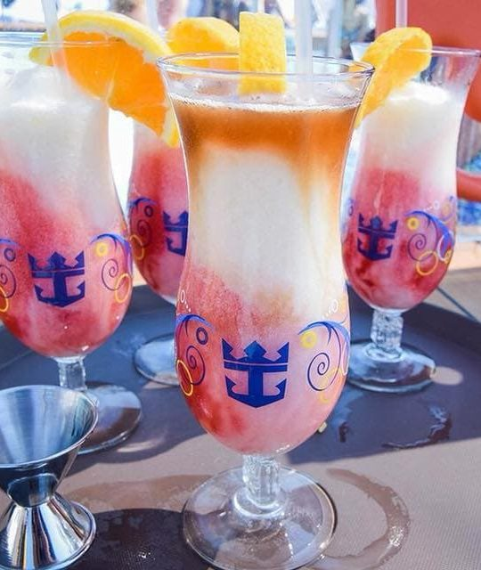 royal Caribbean drinks package whats included cocktails