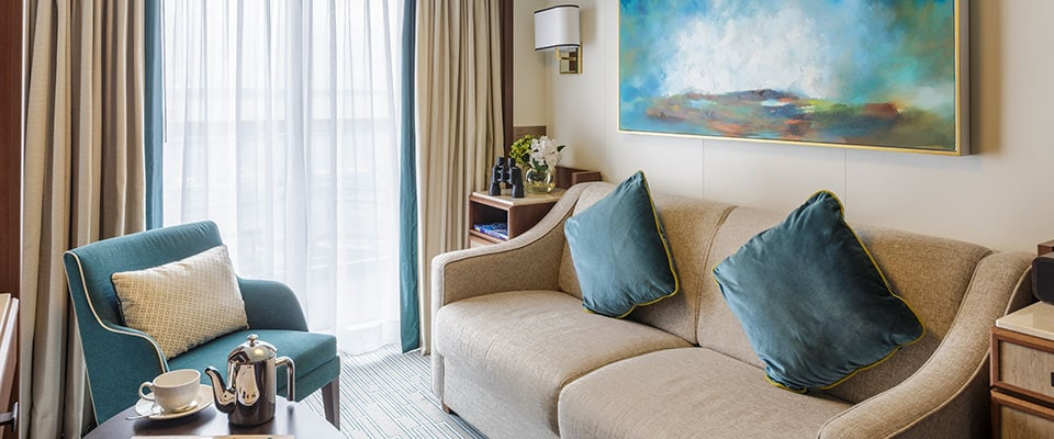 p&o britannia suite cabin lounge