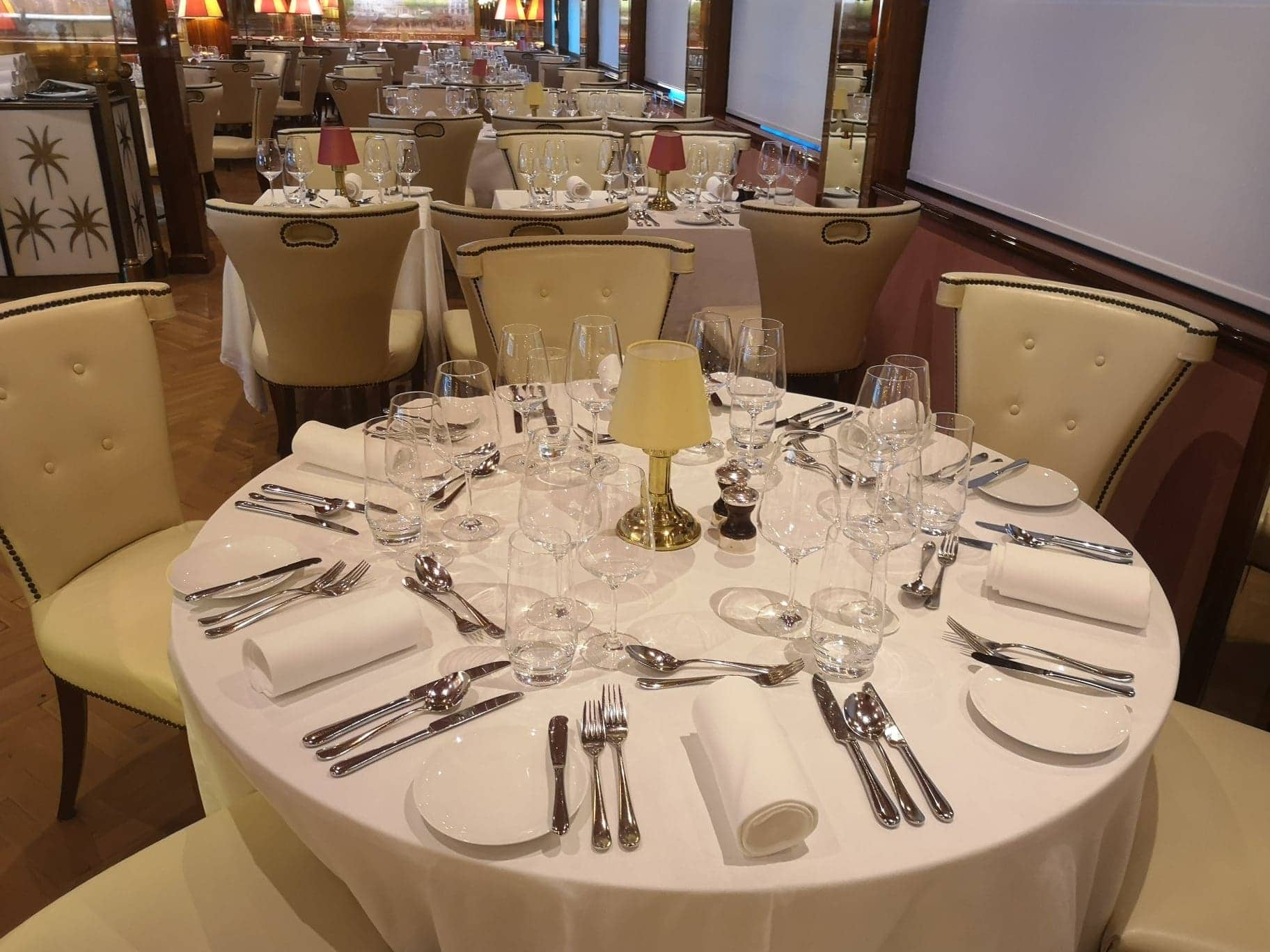 river cruise ship dining table dinner lunch