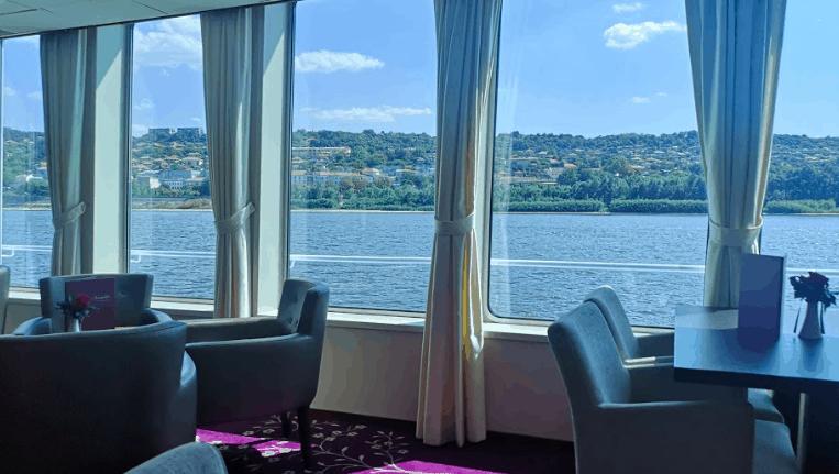 Filia Rheni Lounge Saga