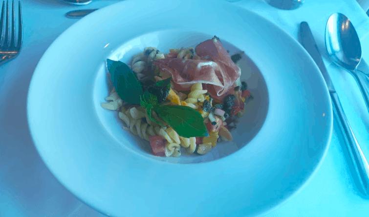 Saga Filia Rheni Lunch