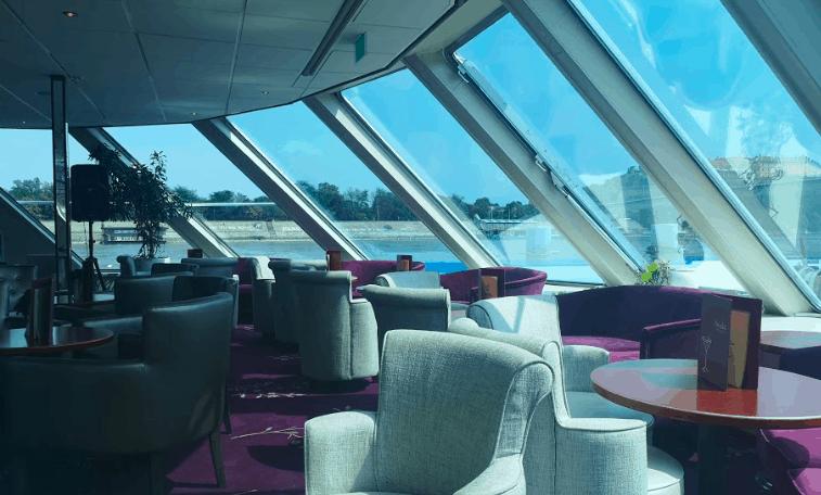 Saga Filia Rheni Lounge
