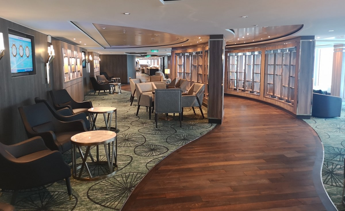 Norwegian Encore Observation Lounge