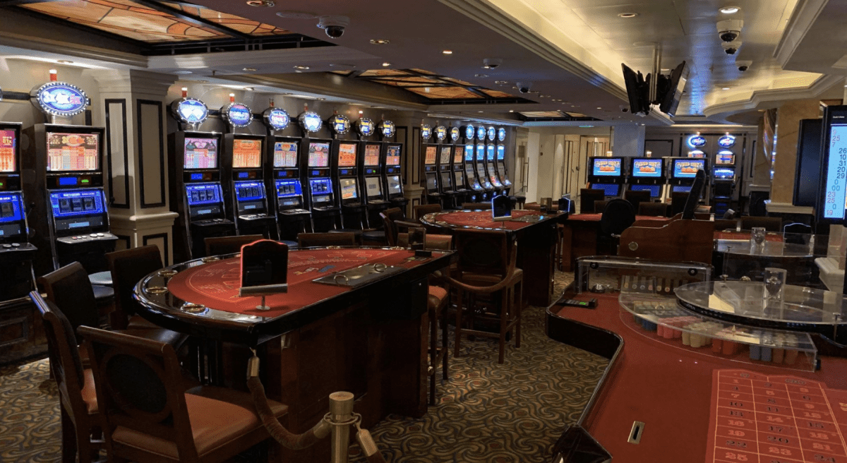 Cunard Cruise Casino
