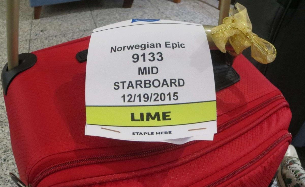 norwegian epic luggage tag on bag