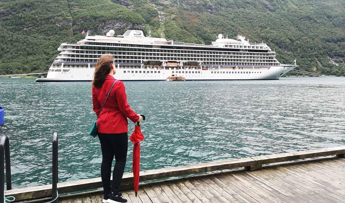 viking cruises umbrella