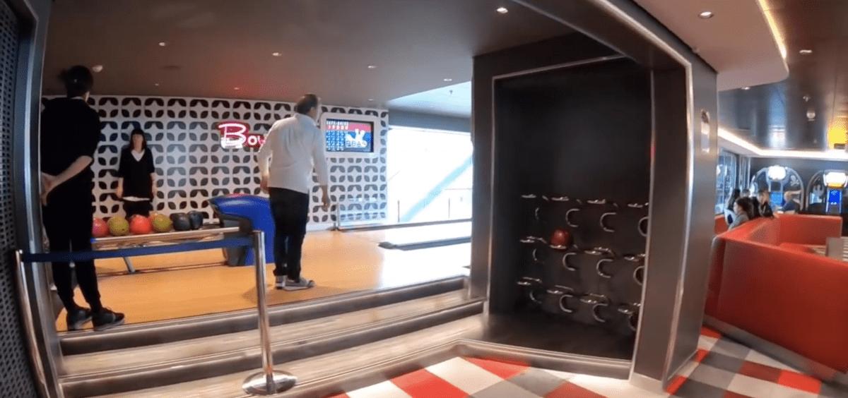 msc meraviglia bowling