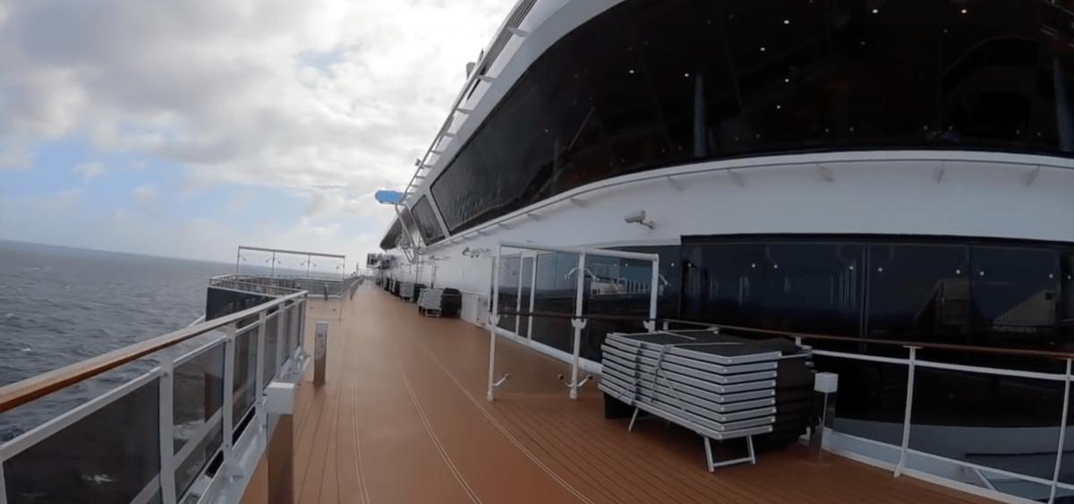 msc meraviglia top deck