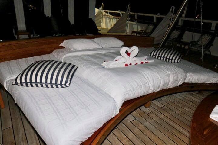 seadream top deck bed