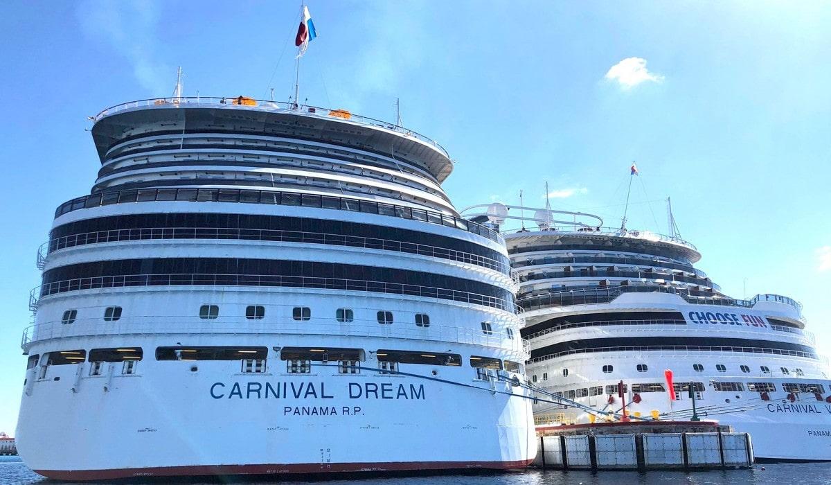 Carnival Dream and Carnival Vista