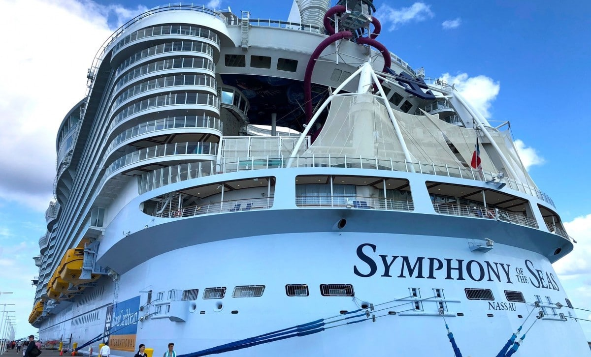 Symphony of the Seas Flag Nassau Bahamas