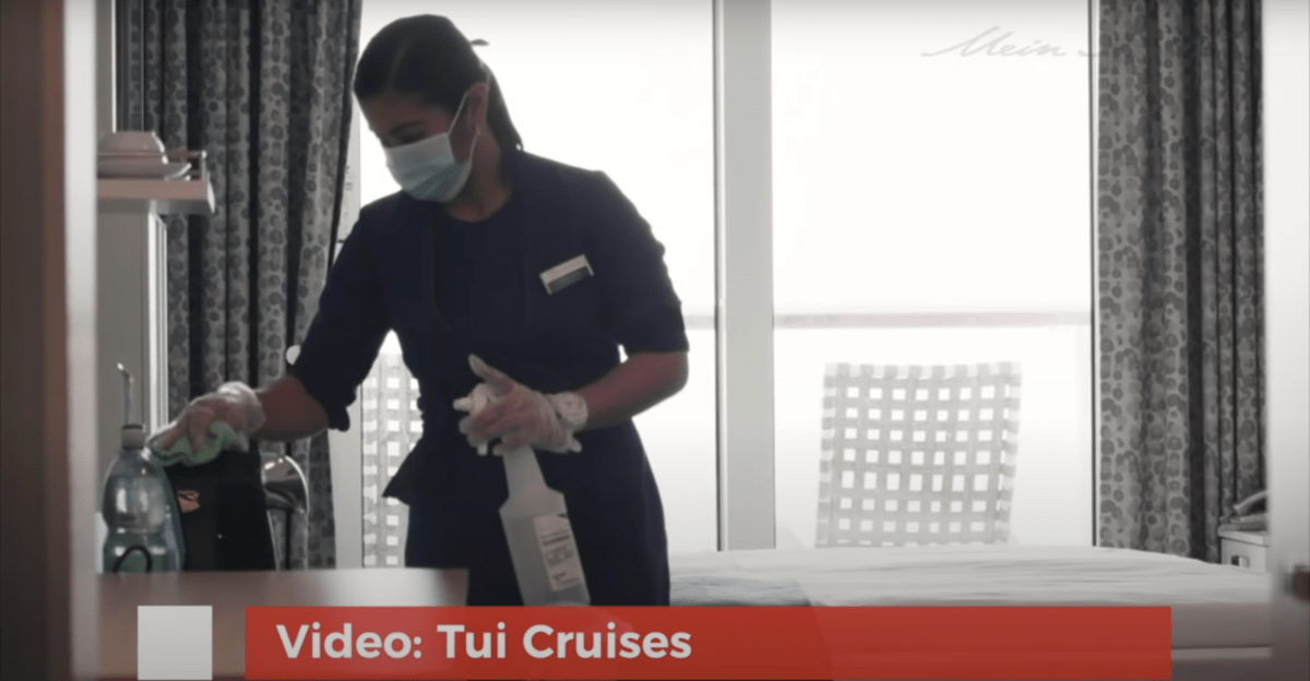 Mein Schiff 2 cruise tui staff mask wearing