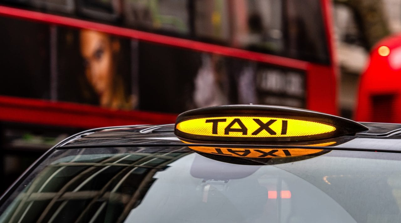 taxi gatwick airport to southampton cruise port