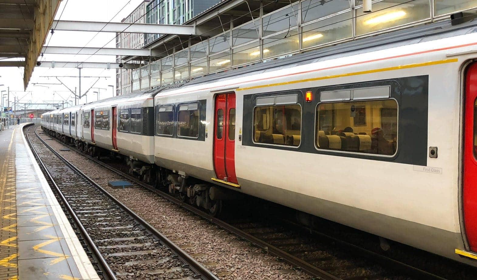 uk train heathrow to southampton